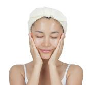 【対処法】化粧水+乳液の保湿ジェルで琥珀の潤いを逃さない